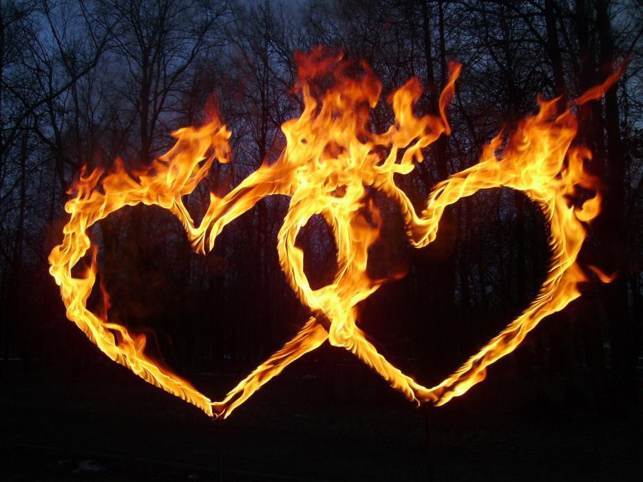 Сердце из огня своими руками 985
